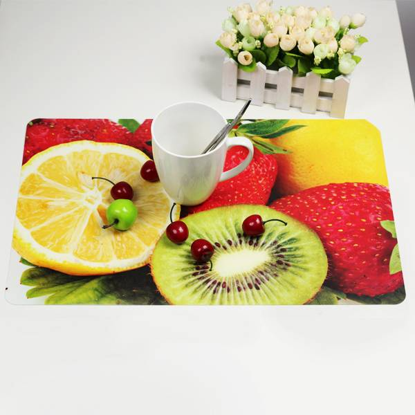 3d placemat with fruit pattern