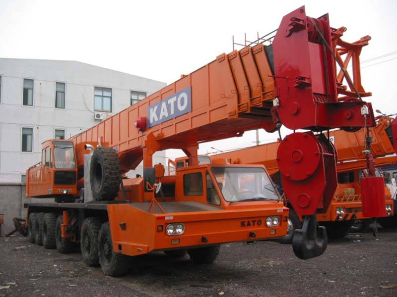 Sell used 120ton Kato truck crane