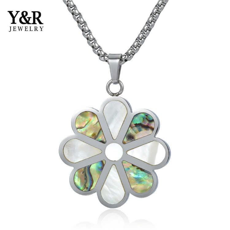 Beatuiful Stainless Steel Designer Pendant