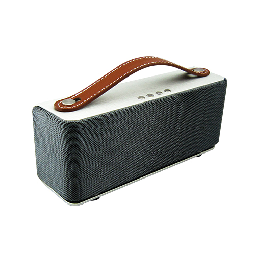 Metal Case Leather Strape Bluetooth Speaker Dual 3Watts Driver With 3.5mm Audio Jack