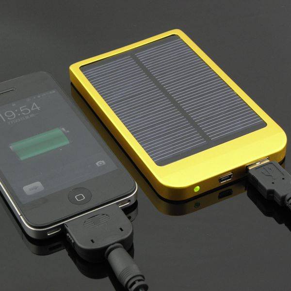 Accessories of Solar Power Bank 5000mAh 1. USB cable: 1 pcs 2. Connector: 4pcs (Micor,Mini,iPhone4S,