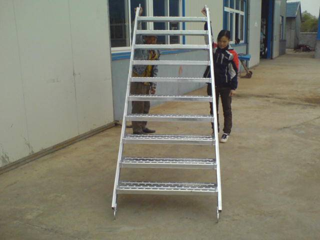 HDG Steel Step Ladder for Construction ringlock scaffolding systeem