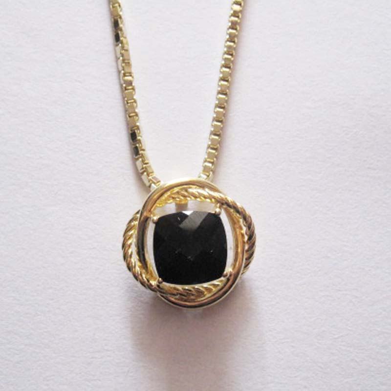 Silver Jewelry 11mm Black Onyx Pendant with Chain in Gold Plated (N-033)