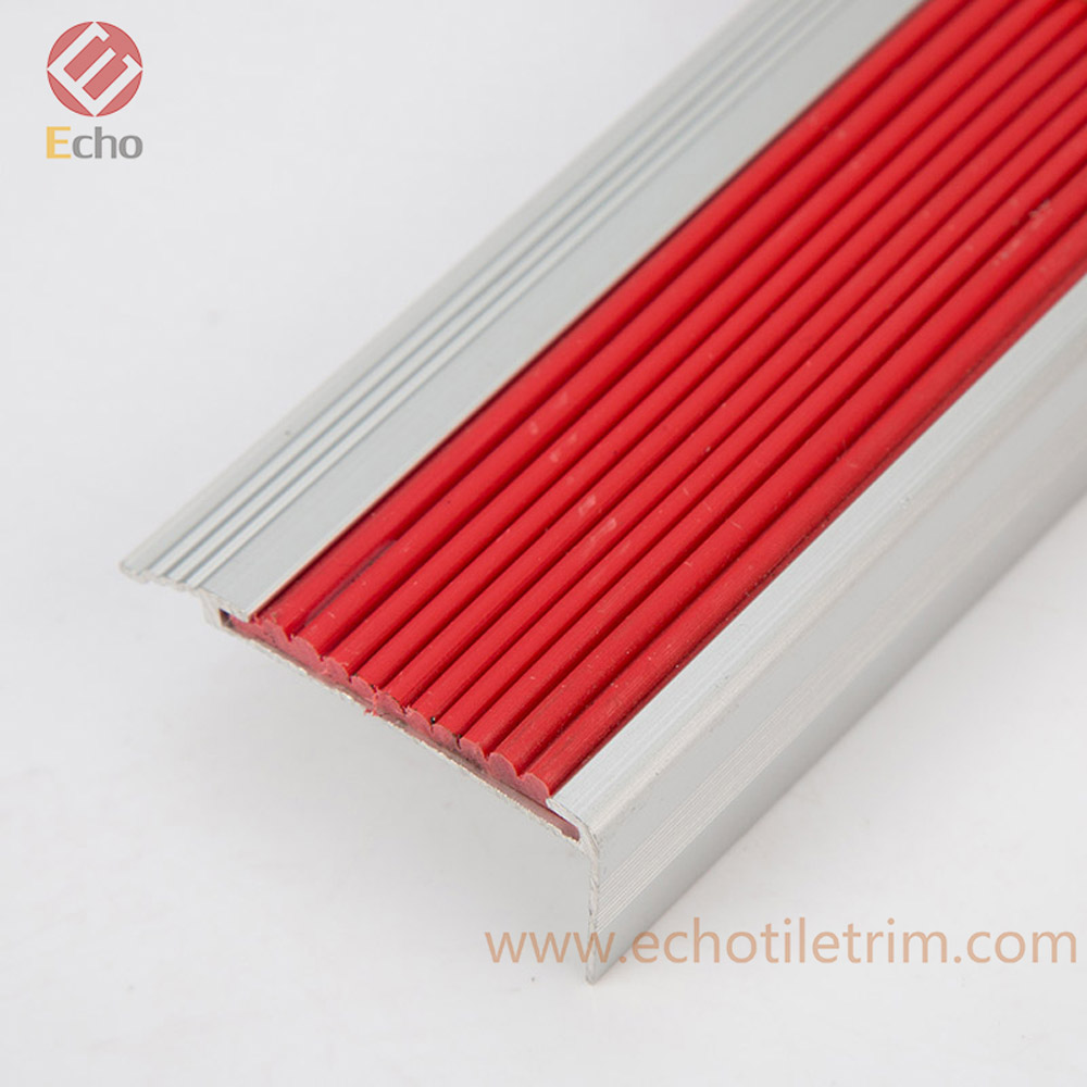 Anti-slip durable metal L shape right angle PVC rubber insert stair edge nosing for stair tread