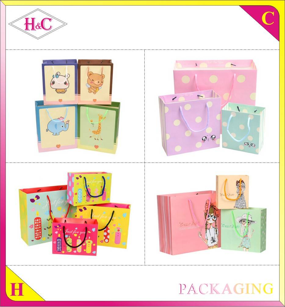 Customized high-end paper shopping gift bag with your own logo and handle