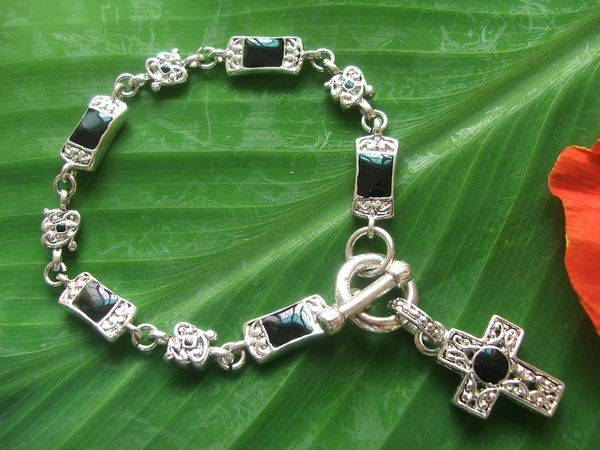sliver-plated bracelet w/cross charm