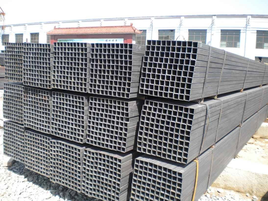 black square pipes in China Dongpengboda