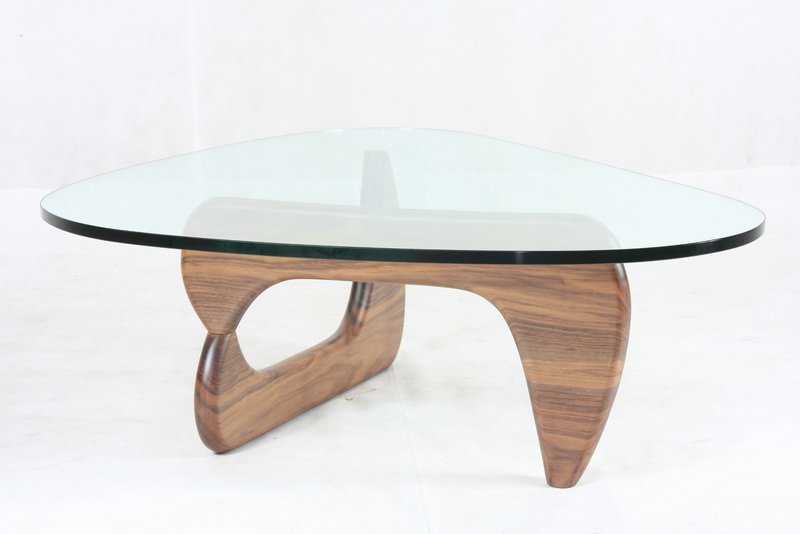 Gorgeous stylish Isamu Noguchi Coffee Table