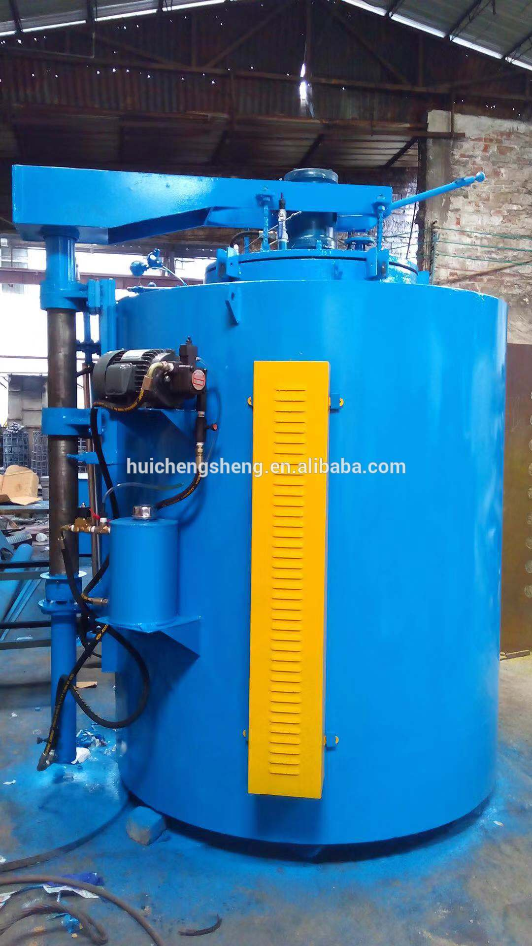 Pit type steel parts gas carburizing furnace