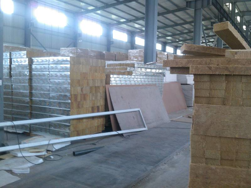 flat surfaced rock wool sandwich panels