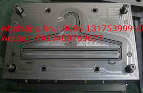 single cavity plastic hanger mold