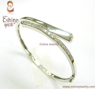 Professional Manufacture High Quality Brass CZ bangle with white rhodium plating