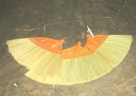 Plastic Housing Broom