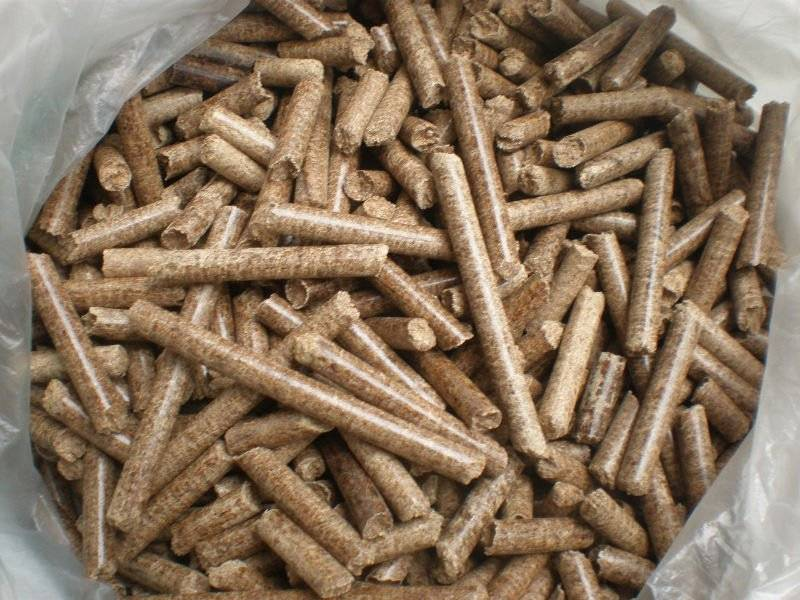Wood pellet at long burning with the best price.