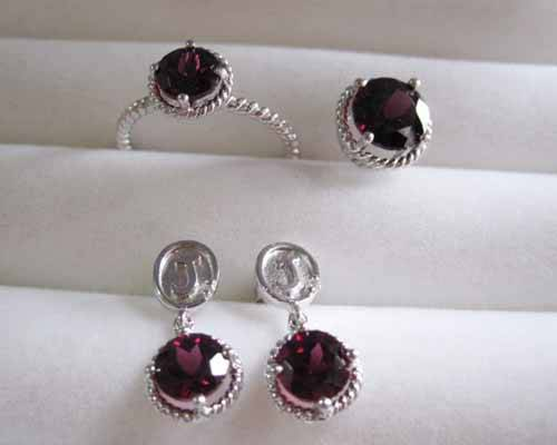 18k white gold jewelry set,ruby earrings,ruby ring,fine jewelry,fashion jewelry