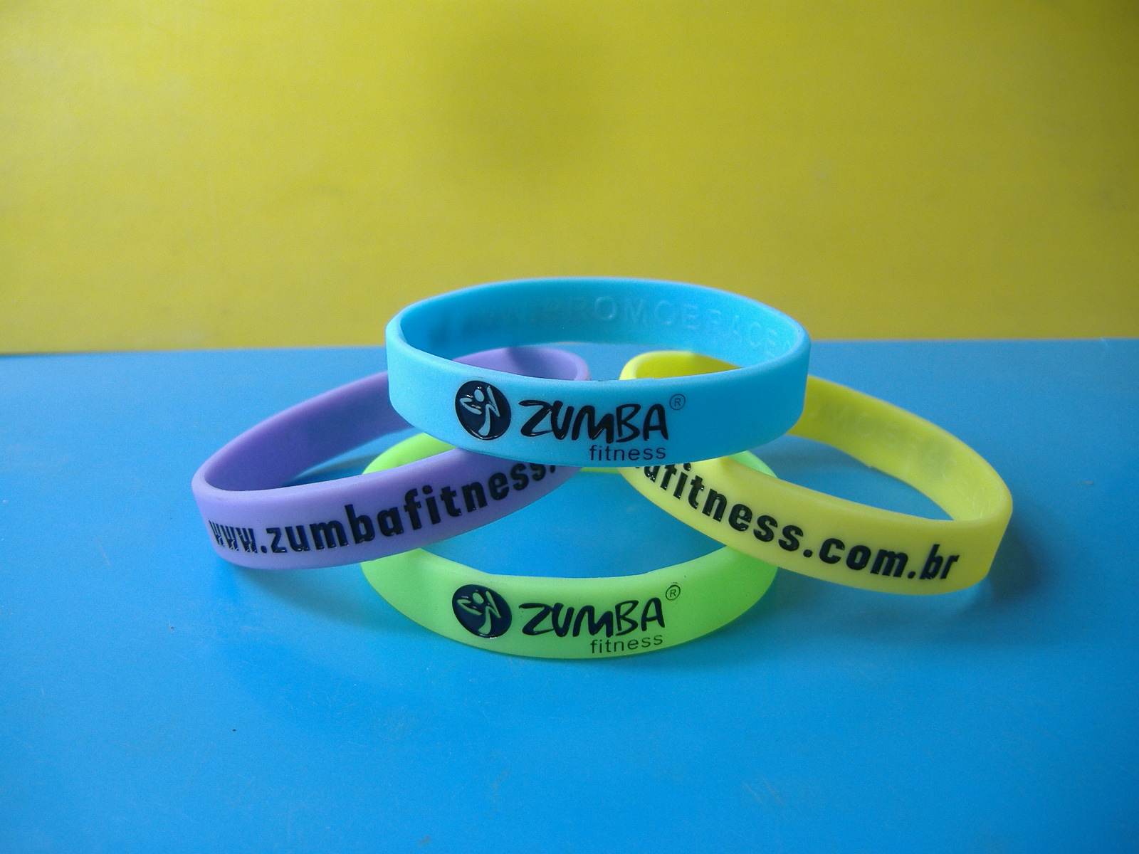 Printed silicone wristband solid color