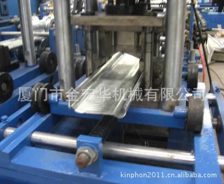 roll forming machine for shutter door
