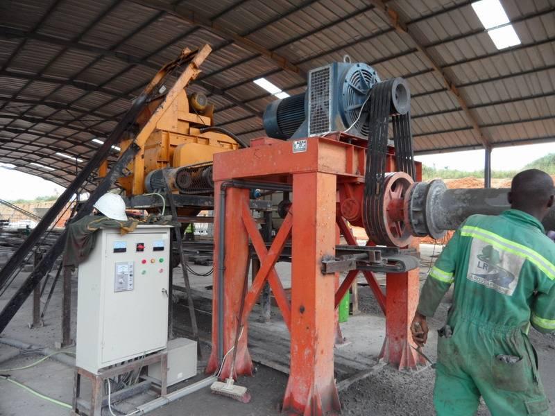 Concrete drain pipe making machine/drain pipe machinery