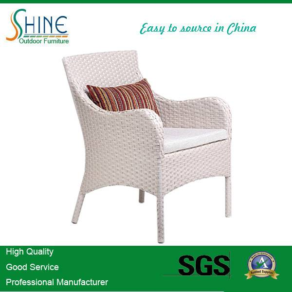 Hot Sale Single Rattan Armrest Dining Chair SFM3-20150522-07