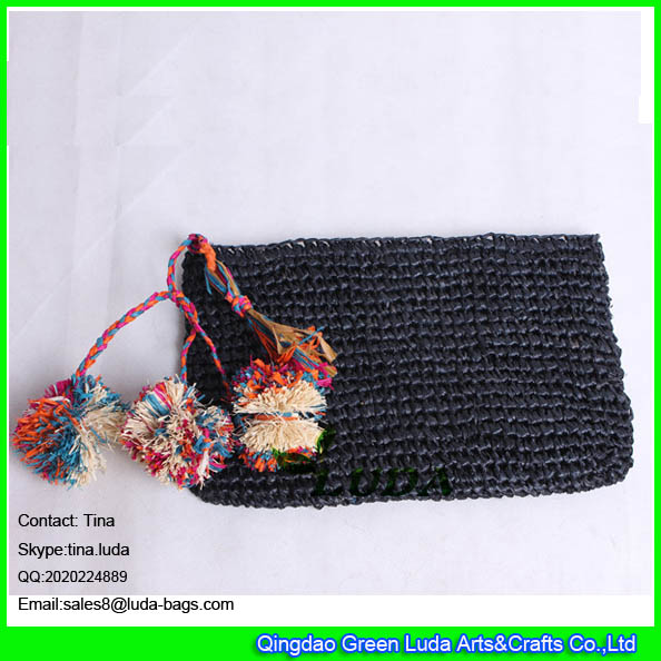 LDLF-073 black raffia handbags pom poms crochet raffia straw clutch bag