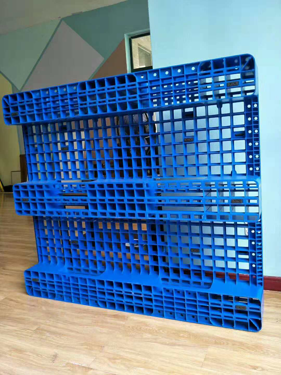12001000mm open deck three runners recycle high strength warehouse plastic pallet for industrial
