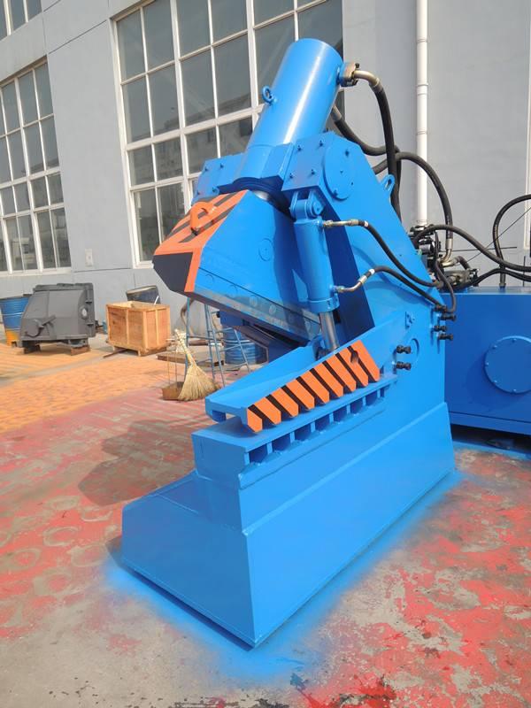 Hydraulic steel shear