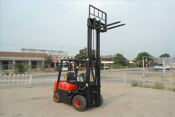 1.5T DIESEL FORKLIFT TRUCK FROM CHINA(CPCD15FR)