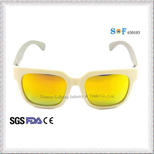 New Fashion Polarized Way Farer Design Sunglasses with Revo Lens