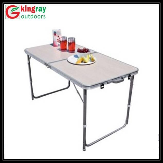 Folding beach table with aluminum tube