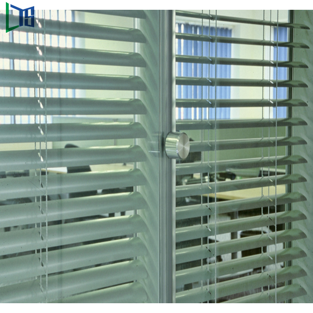Aluminium Louvre Windows Louvre Frame Automatic Shutter Waterproof Windows