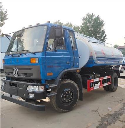 Dung suction truck of Shandong Xiangnong sprinkler