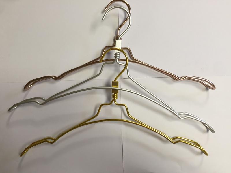 Hot sale aluminum cloth hanger racks form China factory