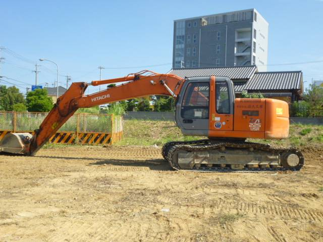 HITACHI ZX225USR