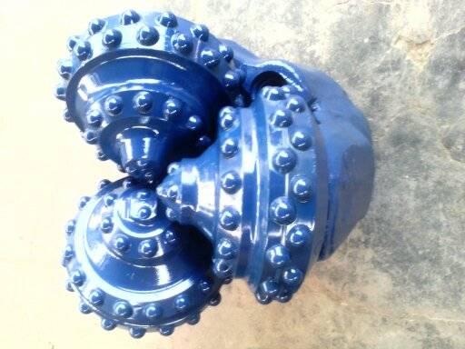 Tricone drill bits