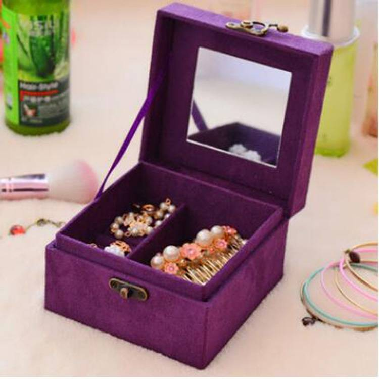 small velvet jewelry box as gift for friend