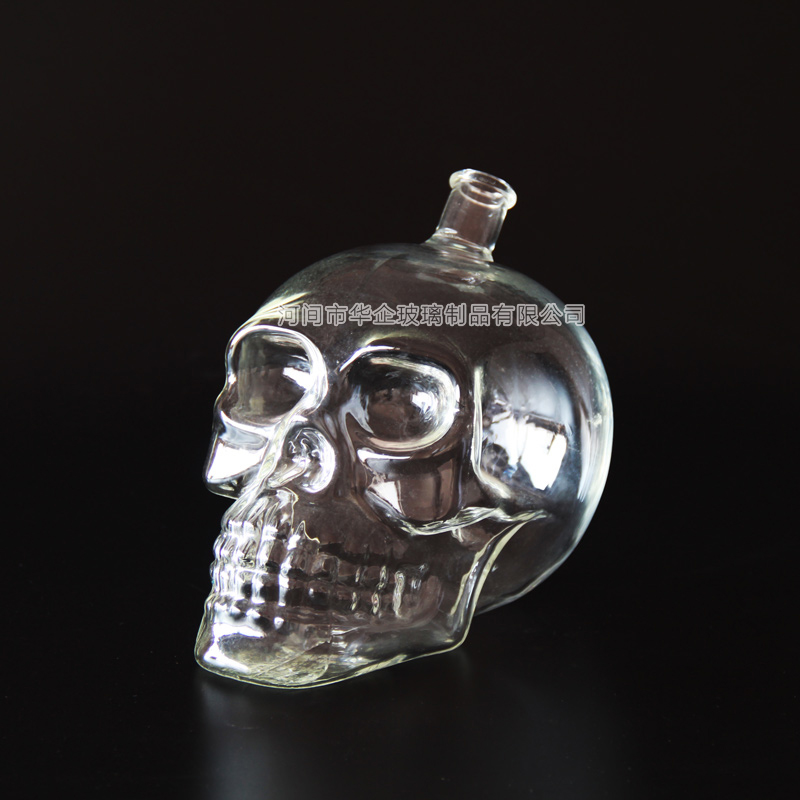 borosilicate glass skull whiskey decanter with glass stopper for sale