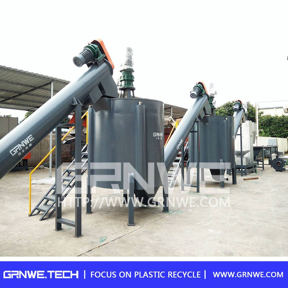 Excellent quality machine for recycling plastic bottles