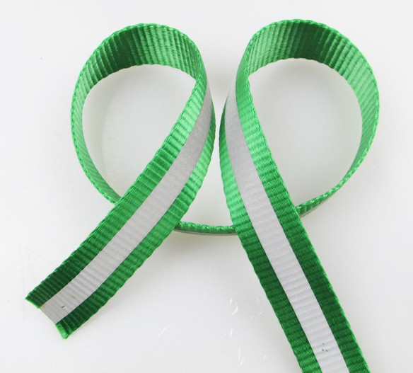 Customized nylon webbing with reflective stripe