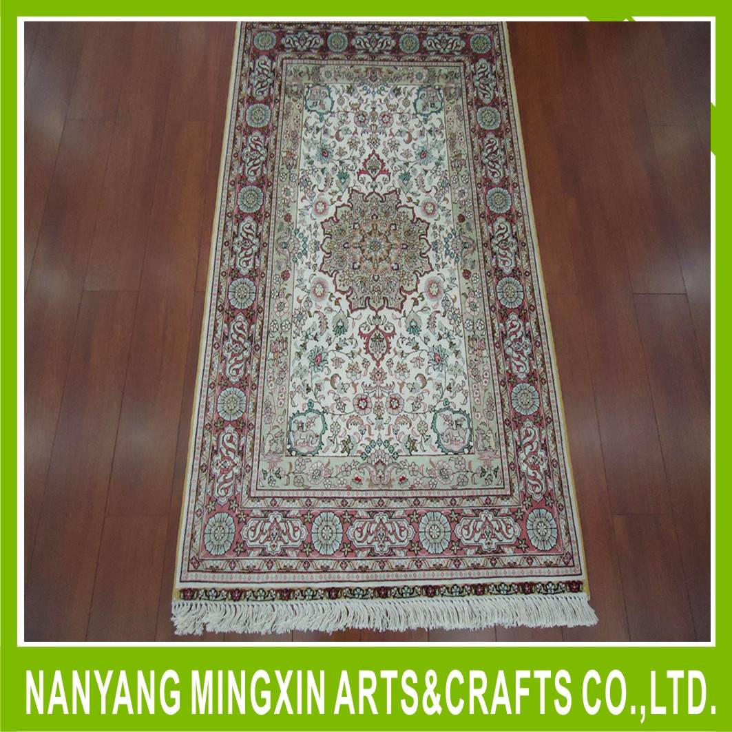 traditional european style rugs white base red flower silk carpet