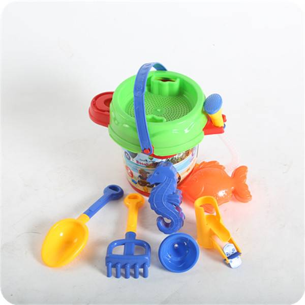 SAND & WATER PLAY TOY SET