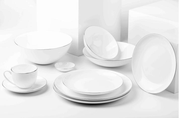 Fine bone china tableware with hand painted real platinum rim