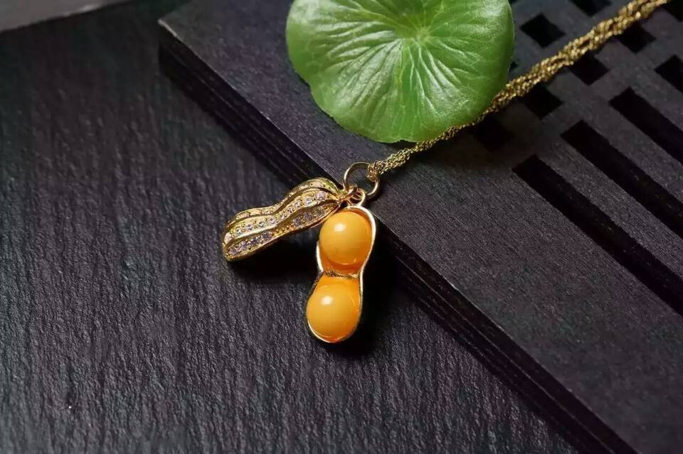 New Arrival NEFFLY Lucky Yellow Beeswax Peanut Pendant Necklace 8mm S925 K Gold Plated Silver