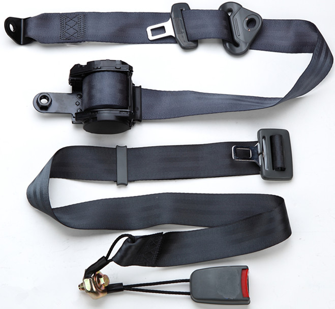 Retractable 3 points seat belt