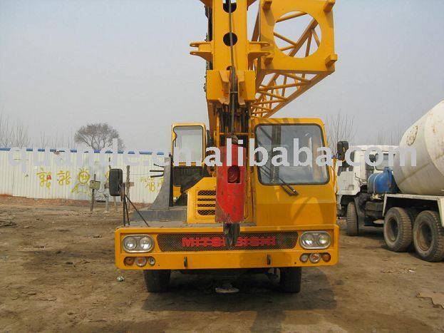 truck crane 25T,used mobil crane TL-250E,tadano crane 25ton