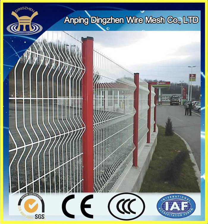 Hot Sale Welded Wire Mesh Fence Hot-dipped Gal Metal Fence Supplier / Fence Supply