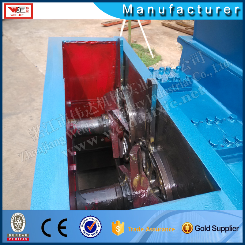 single helix scrap rubber breaking crushing machine