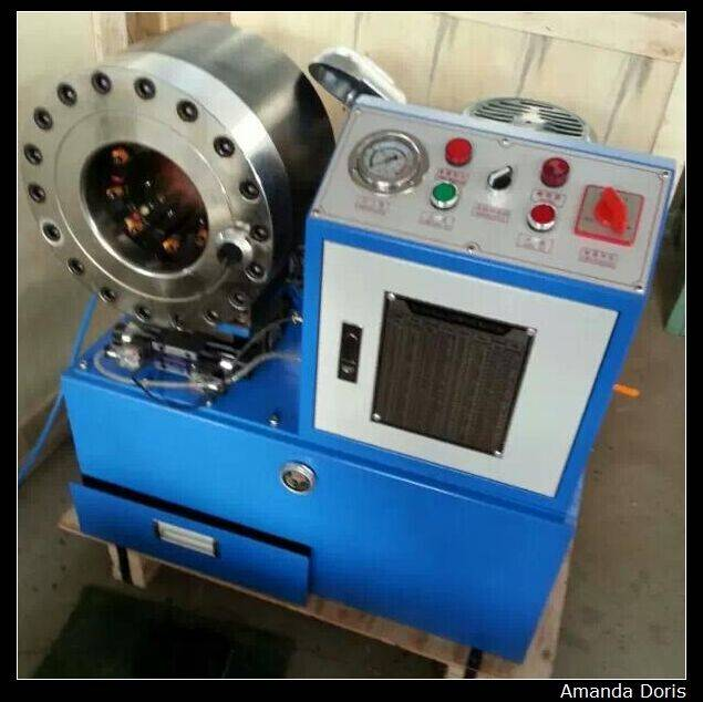 Manufacture BNT68 engineering machinery hose crimping machine