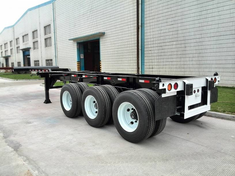 20ft-40ft 3Axles Extendable Chassis A