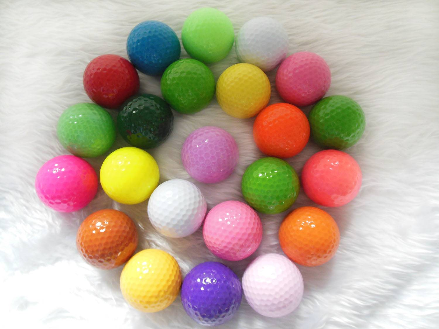Colorful Mini Golf Balls Training Practice Golf Ball with Two Layer