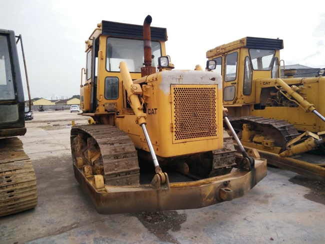used bulldozer D6D caterpillar crawler with three rake scarifier for cheap sale